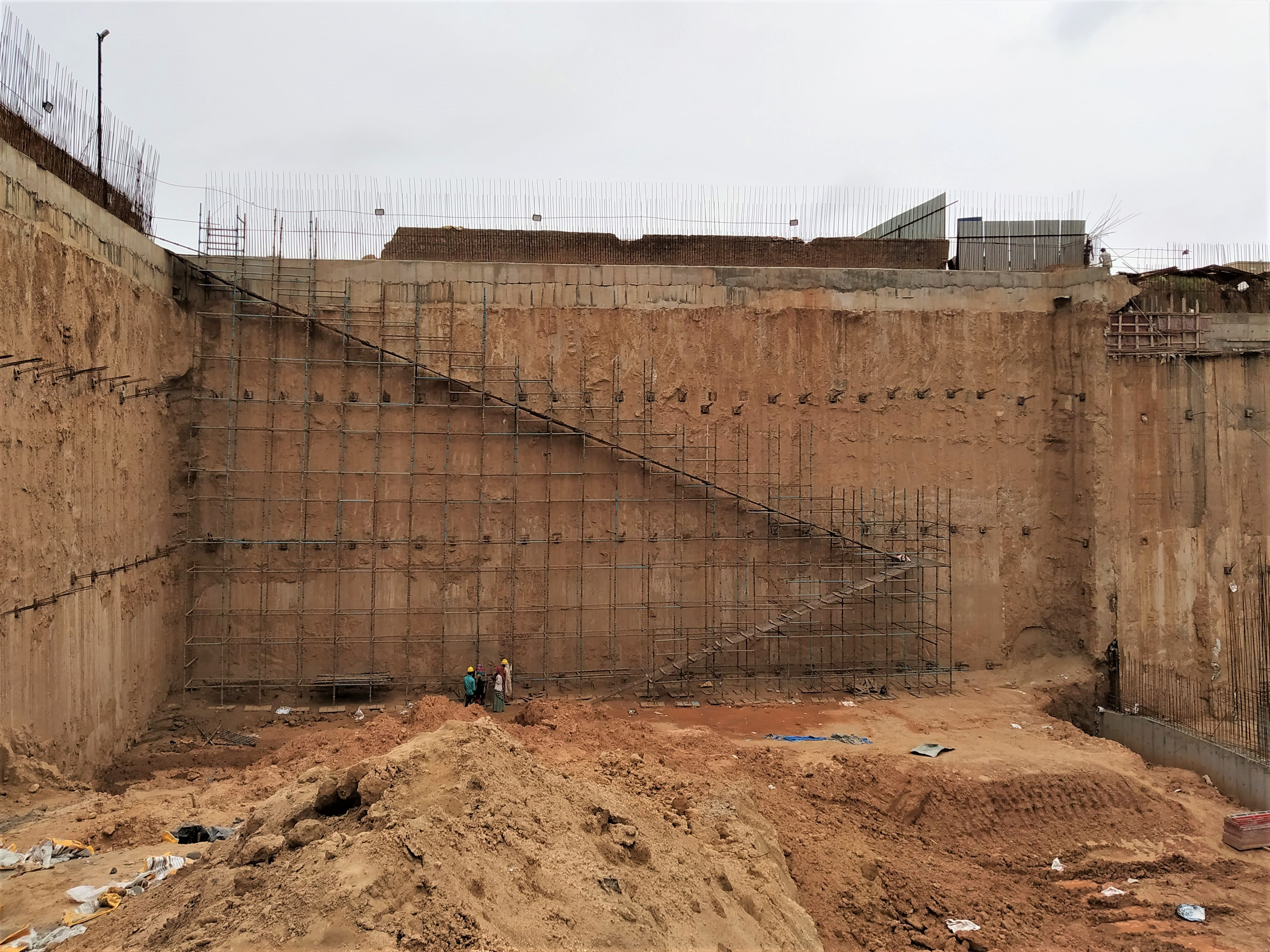 diaphragm wall construction services
